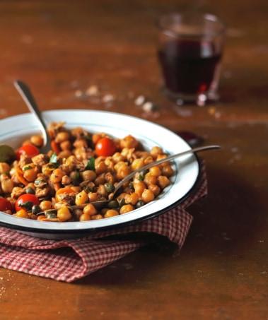 Dulles Town Center Restaurant Serving Mediterranean Roasted Chickpeas