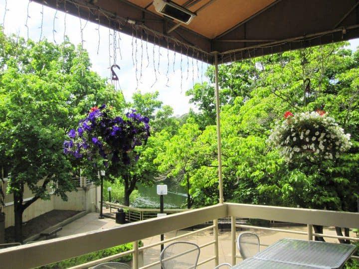 Cafesanos restaurant in reston va overlooks lake thoreau
