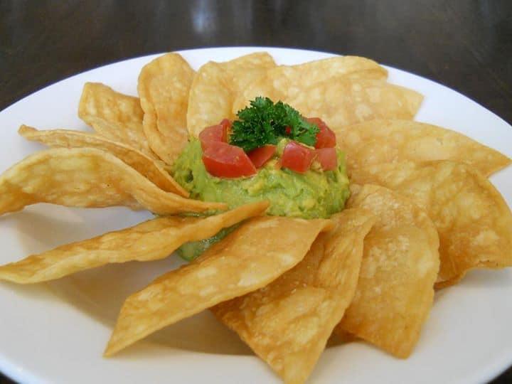 dulles-vegetarian-restaurant-avocado-dip-cafesano