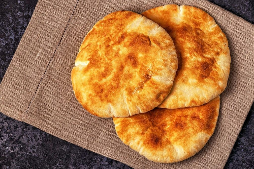 mediterranean-pita-bread-reston-restaurants